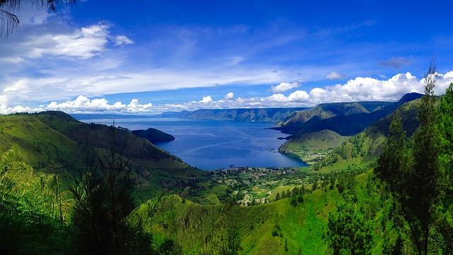 lake-toba-1894746_640